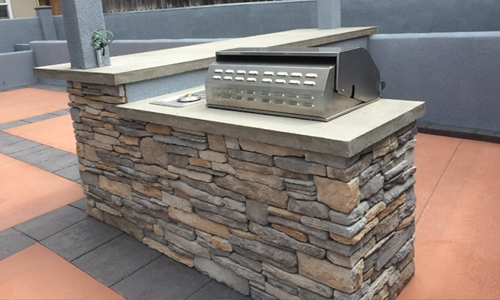 Outdoor Kitchens and BBQs